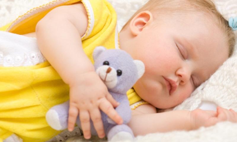 11-bebe_dormindo