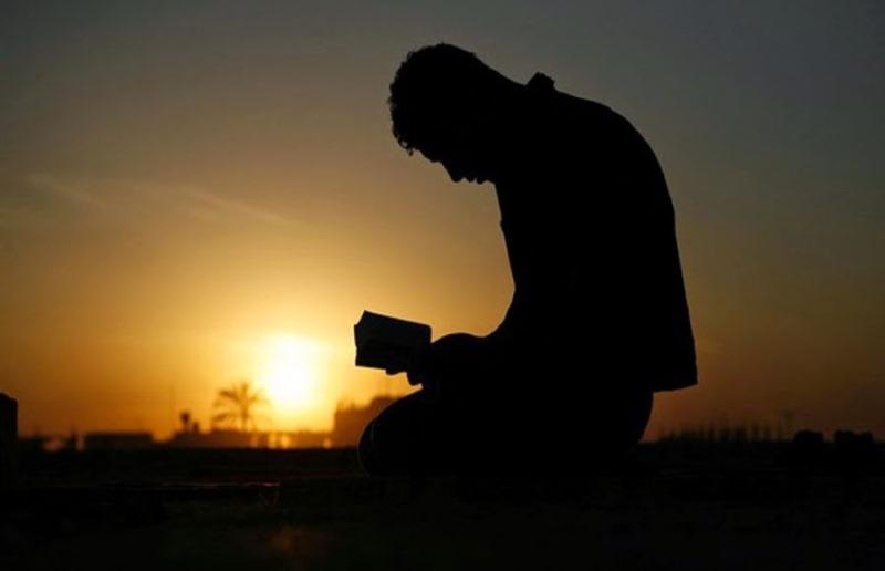 03-lendo_biblia
